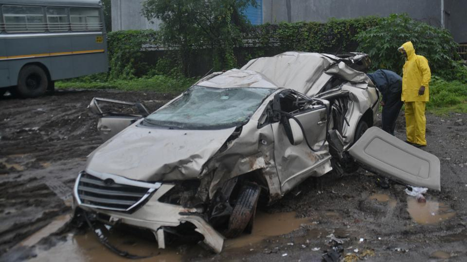 Most of crashes took place along a 100-km stretch between Achad and Sativli Khind in Palghar.