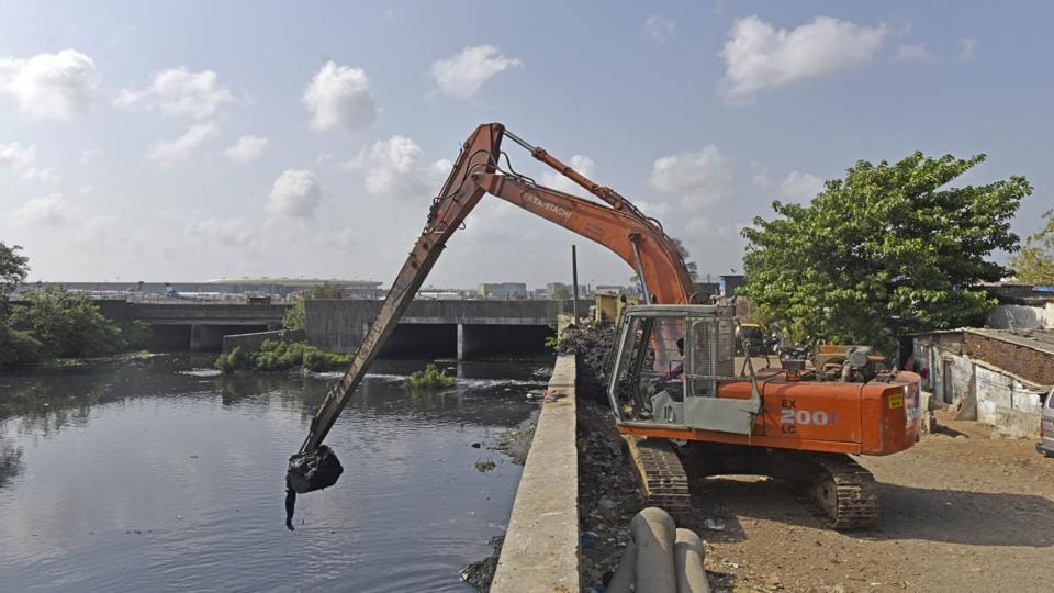 The civic body is also lagging behind in desilting of the Mithi river's western stretch.