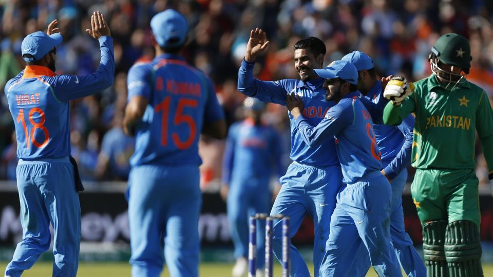 India defeated Pakistan by 124 runs via D/L method in their rain-hit match ICC Champions Trophy opener at Edgbaston. (REUTERS)