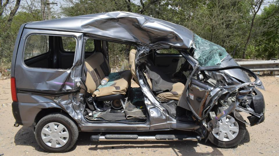 hit and run,road accident,three killed
