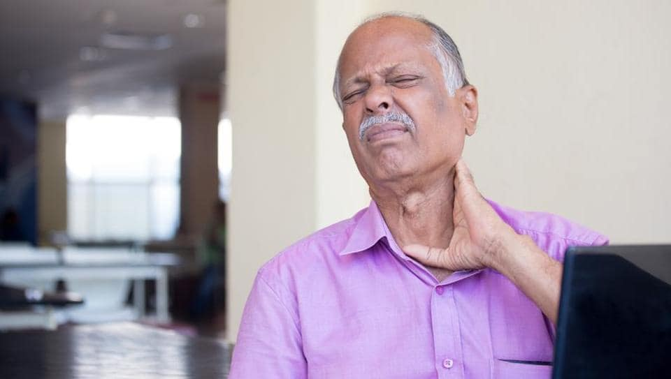 Elderly patients complaining about persistent pain run an increased risk of developing dementia.