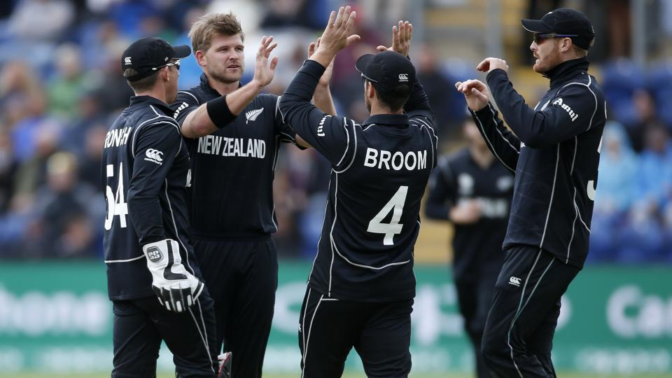 New Zealand's Corey Anderson celebrates the wicket of England's Joe Root with teammates. (REUTERS)