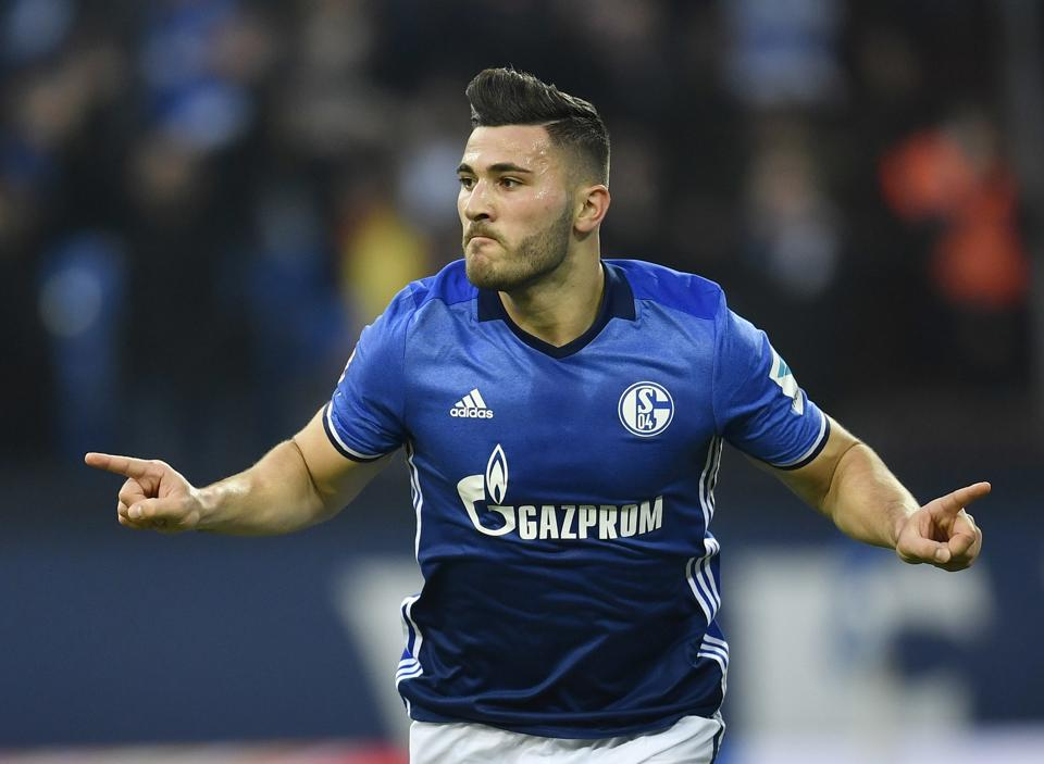 Arsenal grabs Defender Kolasinac