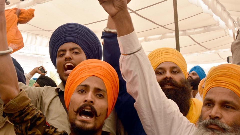 Radical Sikh activist rising pro-Khalistan slogans at the 33rd anniversary function of Operation Bluestar at Akal Takht, Golden Temple, in Amritsar on Tuesday, June 6.