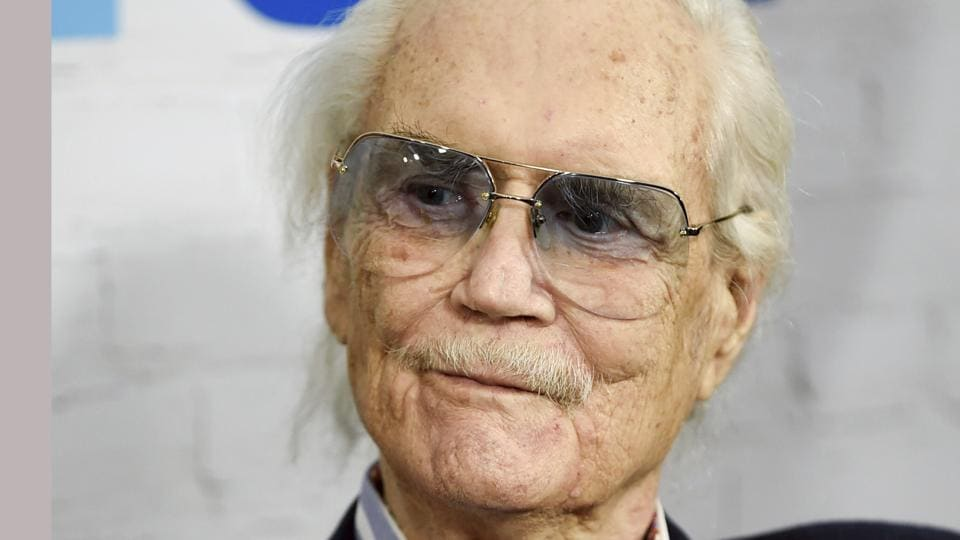 Roger Smith 77 Sunset Strip Star Dies At 84 Hollywood