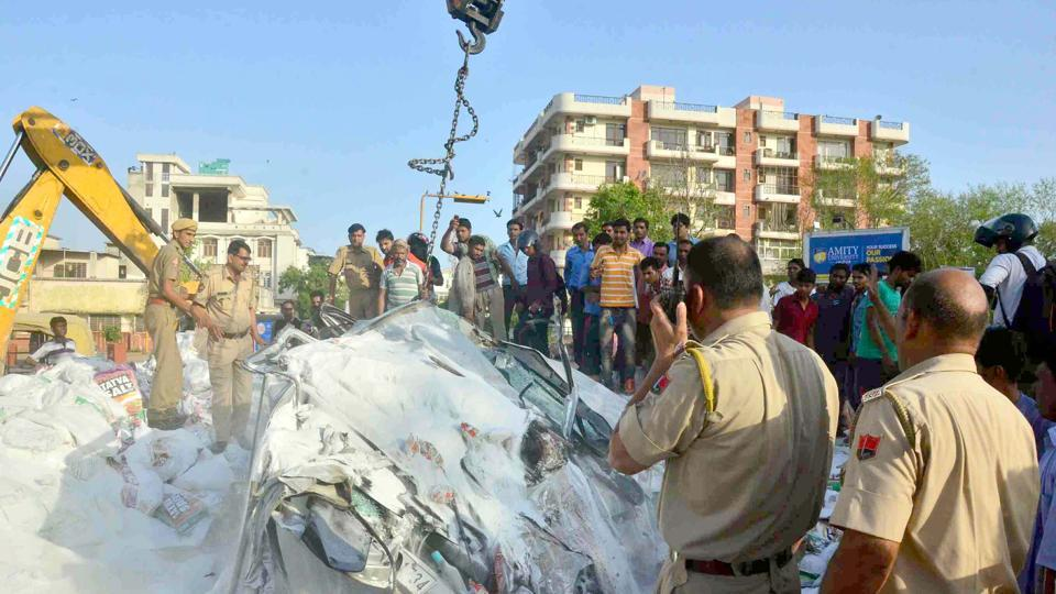 When a horse collided with a auto in Jaipur