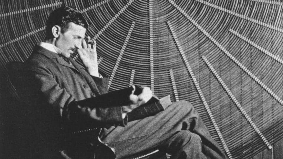 In accordance with the wishes Nikola Tesla and his family, his remains were placed in an urn at a Belgrade museum named after the scientist in 1957.