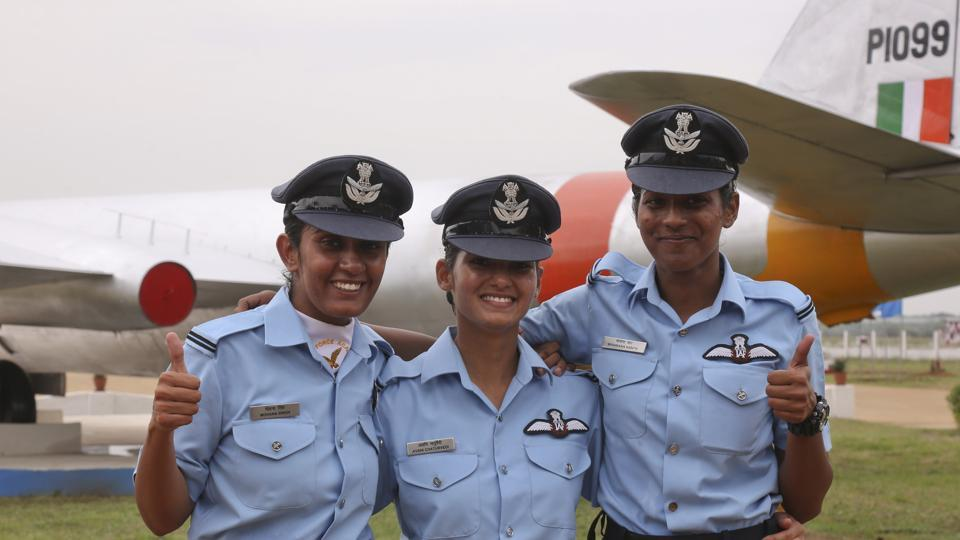 Air force's first three women fighter pilots (from left) Mohana Singh, Avani Chaturvedi and Bhawana Kanth were commissioned as flying officers n June, 2016.