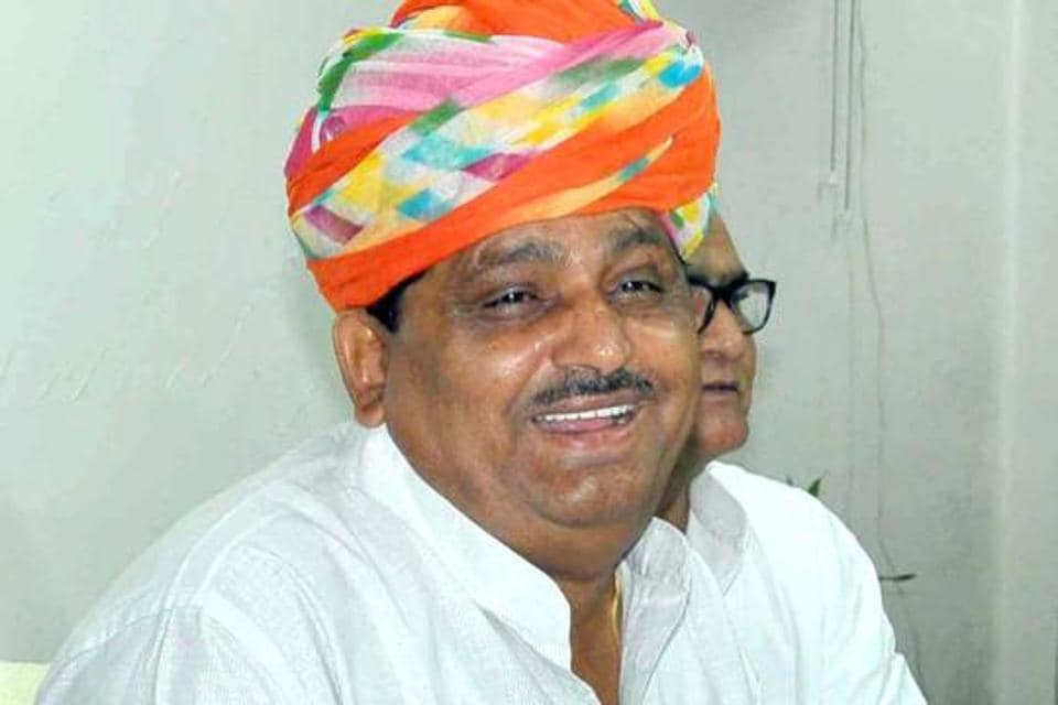 Rajasthan agriculture minister Prabhu Lal Saini said the Vasundhara Raje government spent Rs 9551 crore in the last four years for the farmers' welfare compared to Rs 5893 crore in the same time span under the previous Congress government.