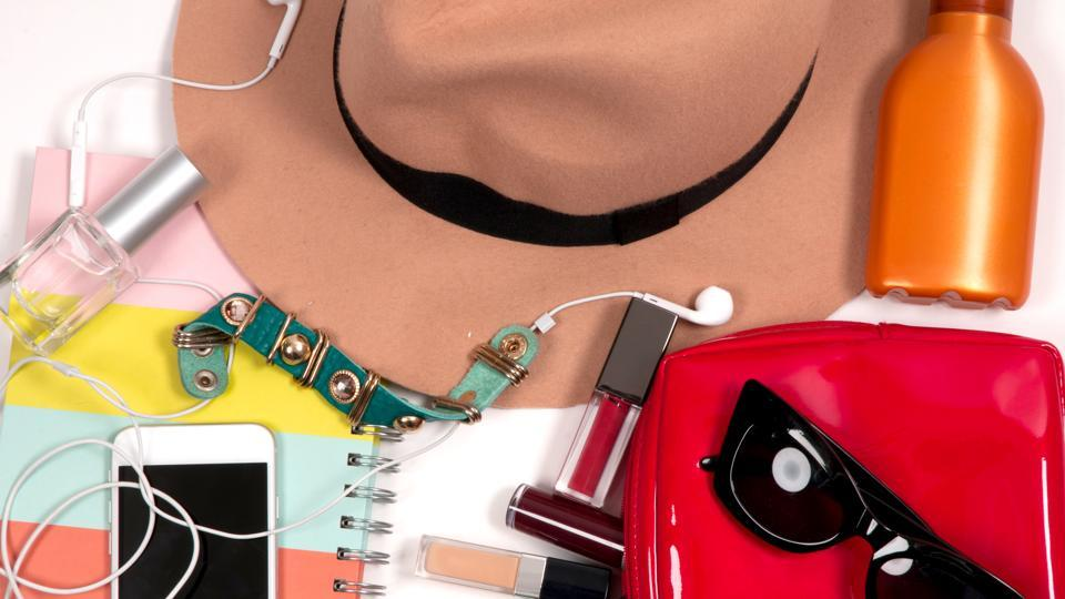 Summer essentials,College essentials,What's in my purse?