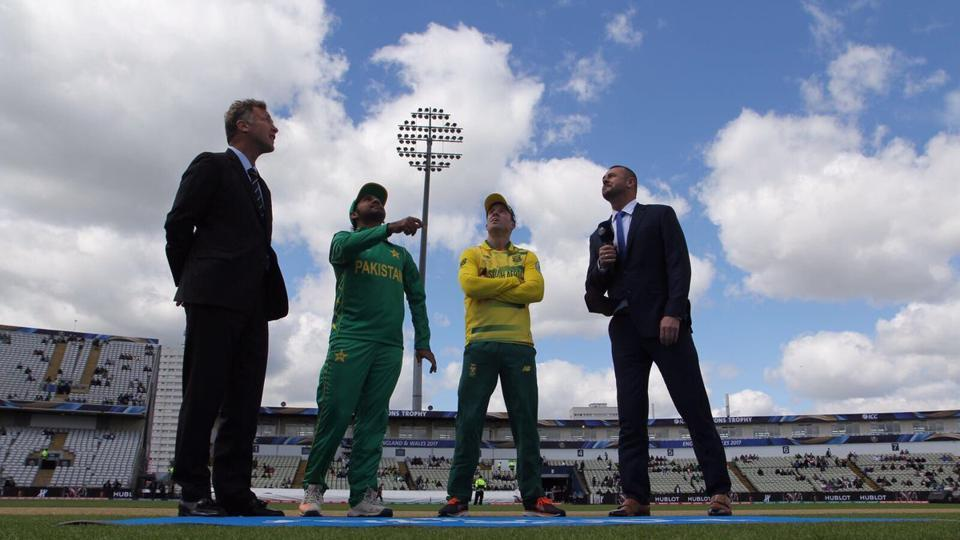 AB de Villiers, South Africa captain, won the toss and opted to bat.  (Twitter)