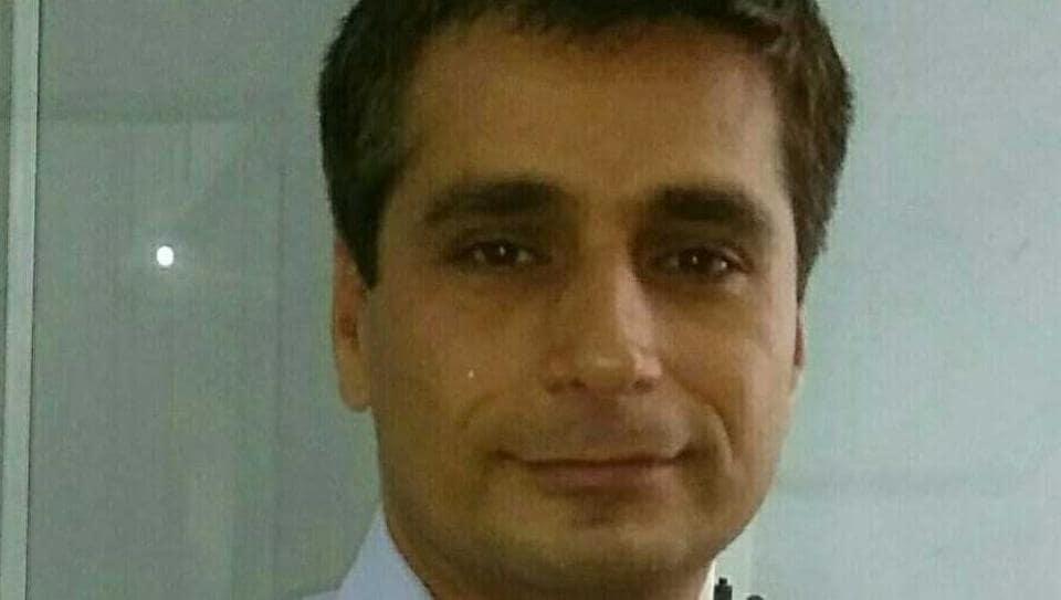 Dr. Jitendra Veer Kalra, Assistant Professor, Department of Hindi, Sri Venkateswara College, Dhaula Kuan