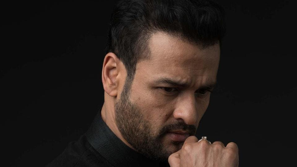 Rohit Roy is indebted to Salman Khan for his advice.