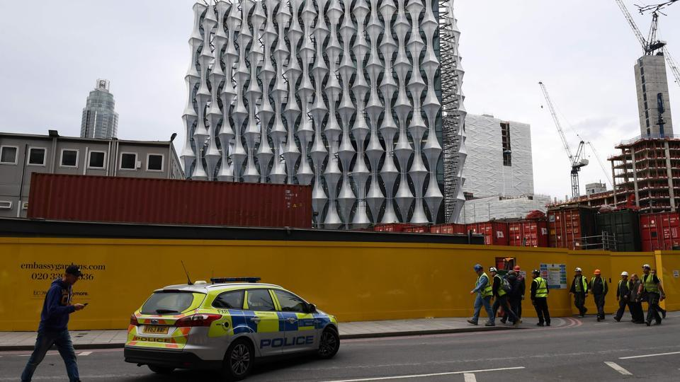 London police,New US embassy,Controlled exploision