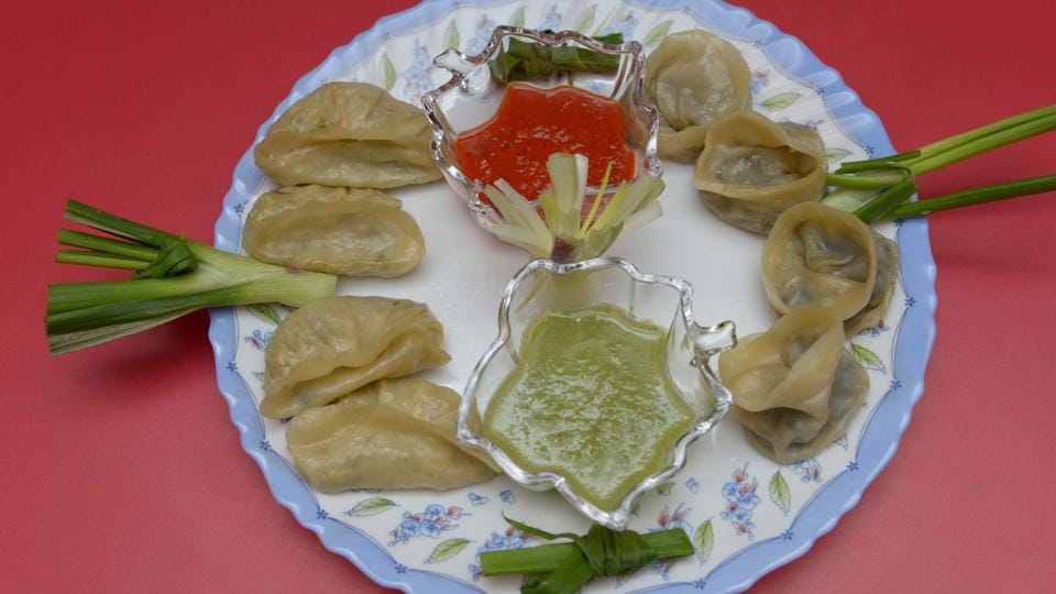 Delhiites and restaurateurs give their opinion on banning momos for using ajinomoto.