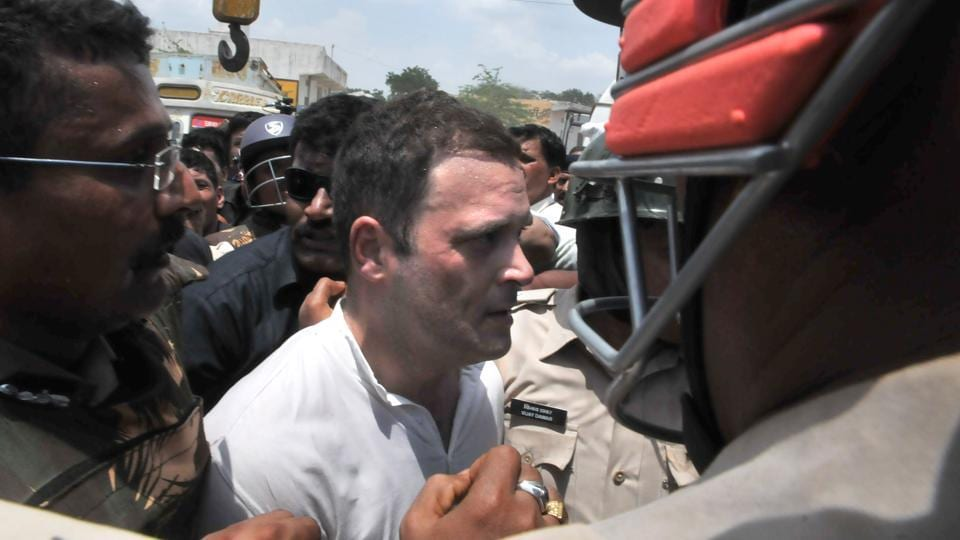 Congress vice-president Rahul Gandhi, along with more than 100 supporters, was detained as he tried to enter Mandsaur. (Mujeeb Faruqui / Ht Photo)