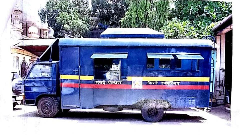 Police vans that have been in use for more than six years were converted into food trucks, where eight people can sit and eat comfortably.