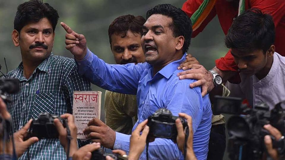 Earlier, sacked Delhi minister Kapil Mishra had claimed he would start round two of the India Against Corruption (IAC) movement and sought to begin the campaign by demanding resignation of chief minister Arvind Kejriwal and health minister Satyendar Jain. (Arun Sharma/HT PHOTO)