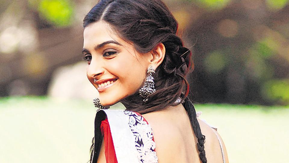 Sonam Kapoor debuted in Bollywood with Saawariya (2007).