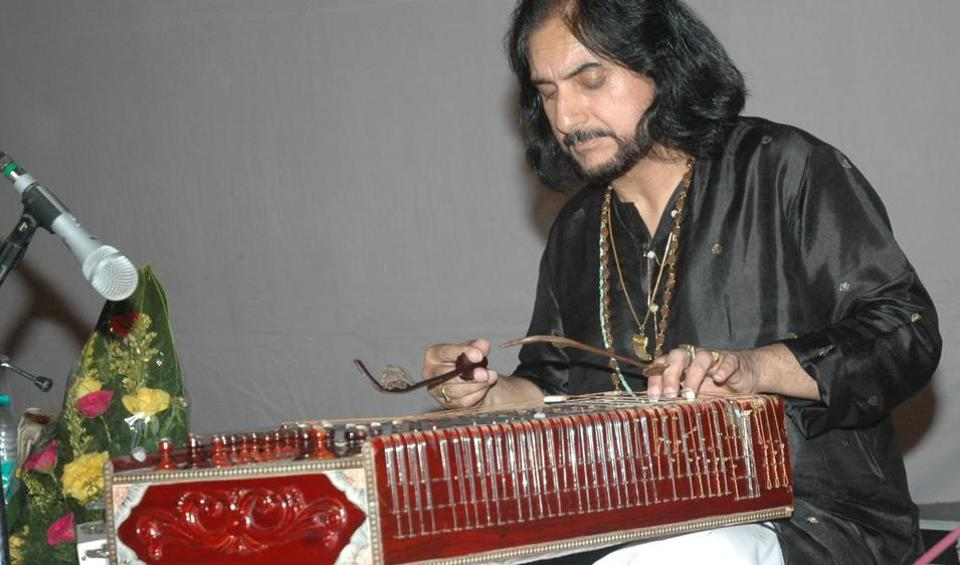Pt. Bhajan Sopori playing the santoor during a SPICMACAY event