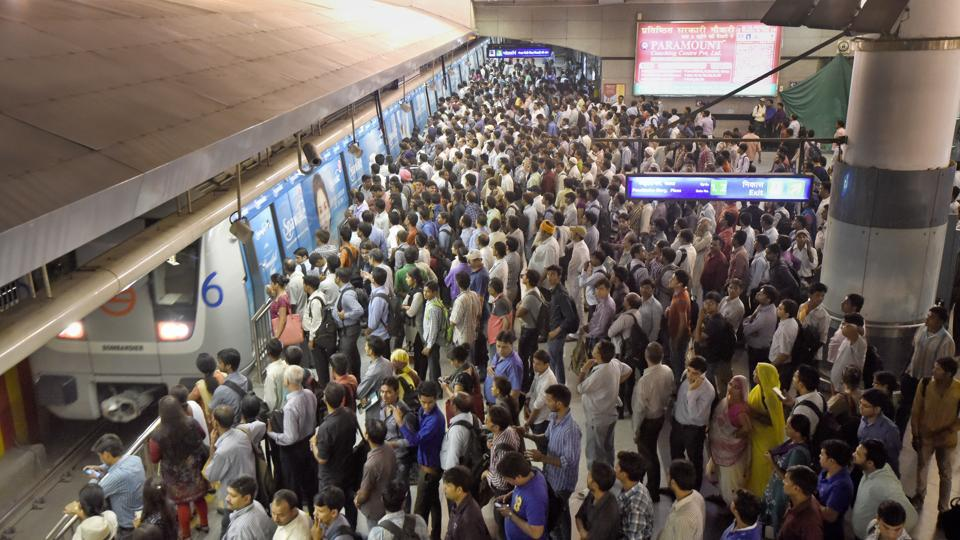 The Central Industrial Security Force (CISF), which is responsible for the security at the Metro stations, says that these women gangs are responsible for over 90% of the incidents of pickpocketing in the Delhi metro.