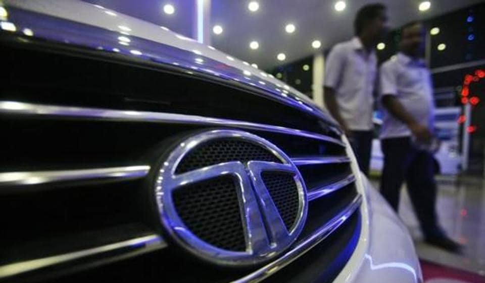 Tata motors introduces performance-linked-payment at Sanand plant
