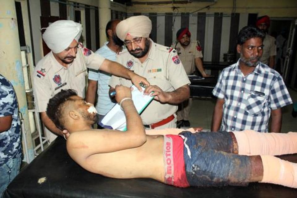Victim Vinod Kumar giving his statement to police at the Bathinda civil hospital on Thursday. He later succumbed to his injuries at Guru Gobind Singh Medical College in Faridkot.