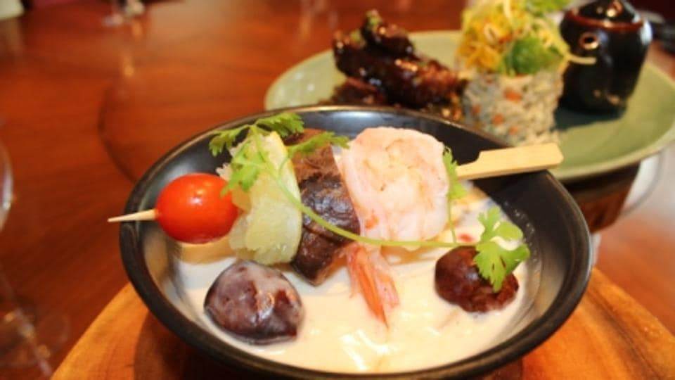 Tom Kha soup gives a refreshing after taste from galangal and cabbage.