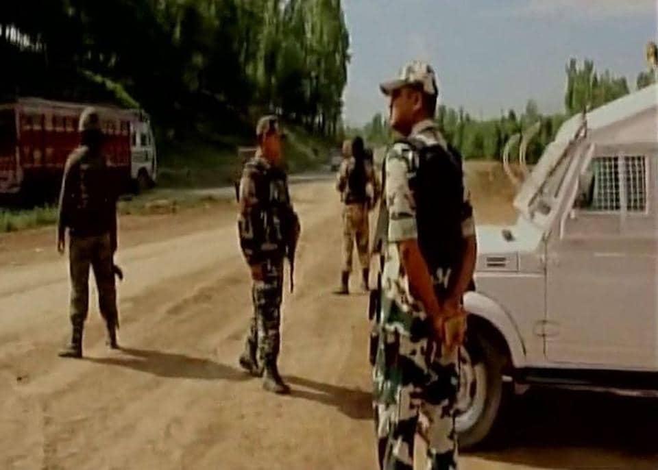 Civilian injured in militant attack in JK