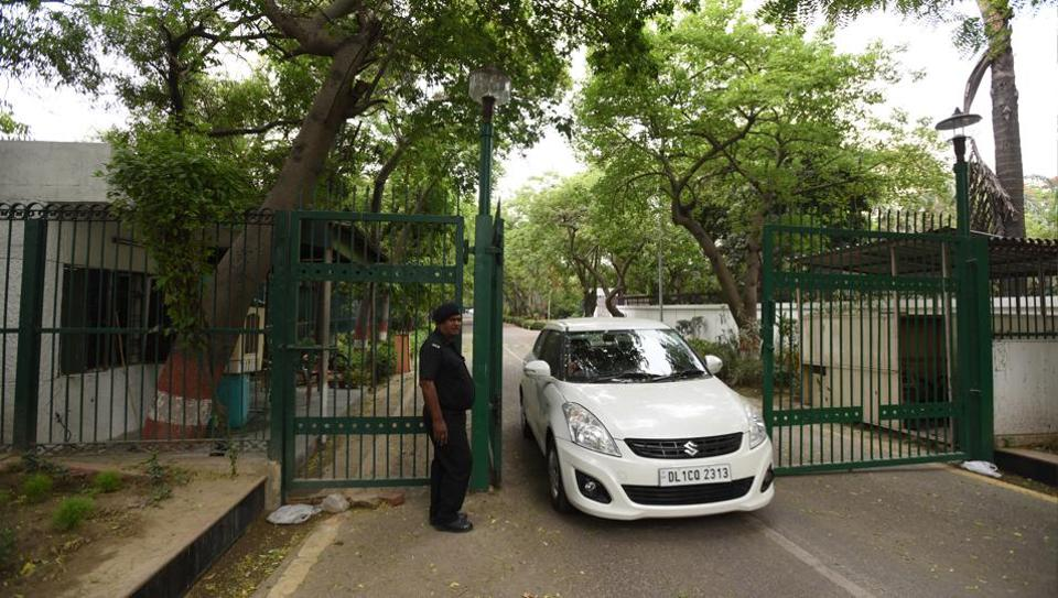 Police will ask security guards to inform them if they see any suspicious activity in their neighbourhood.