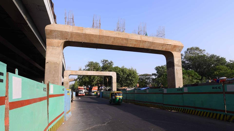 The PWD is constructing the flyover and racing against time to meet the deadline of June 2018. The new flyover parallel to the existing Rao Tula Ram (RTR) will be longer than the existing one.