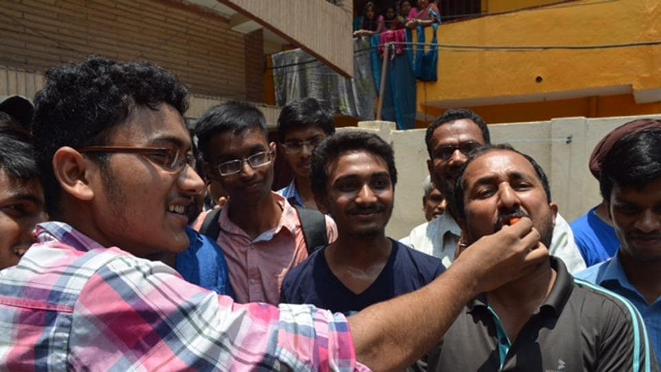 Successful Super 30 students with Anand Kumar at his residence.