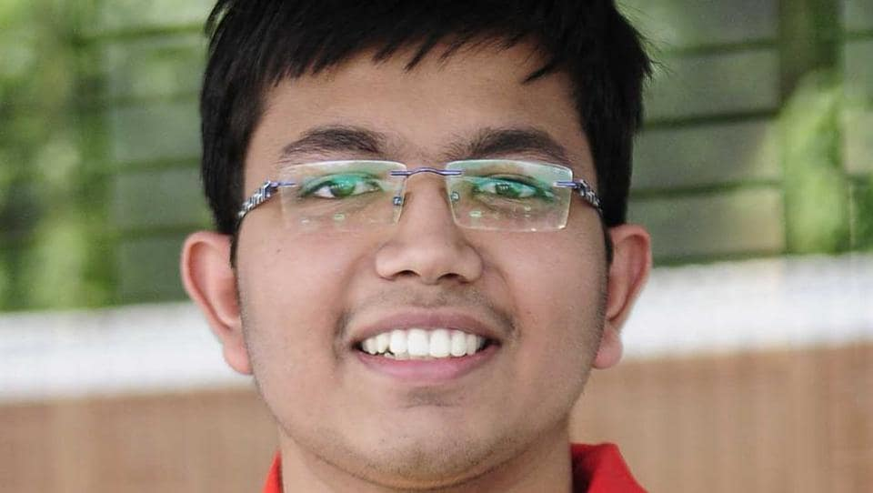 Shivam Bansal secured All India Rank (AIR) 68 in Joint Entrance Examination (JEE) Advanced 2017. (Keshav Singh/HT Photo)