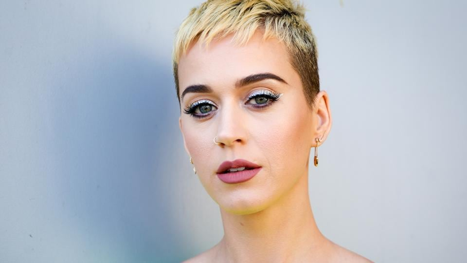Katy Perry,Pop star Katy Perry,Doctor Siri Sat Nam Singh