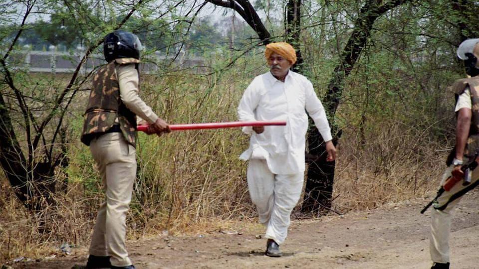 Farmers' Stir: Madhya Pradesh CM Calls off Fast