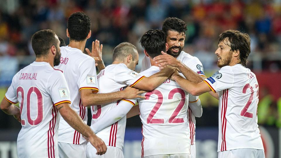 Spain won 2-1 against Macedonia in Skopje, while Italy thrashed Liechtenstein 5-0 in their 2018 FIFA World Cup qualifying games.