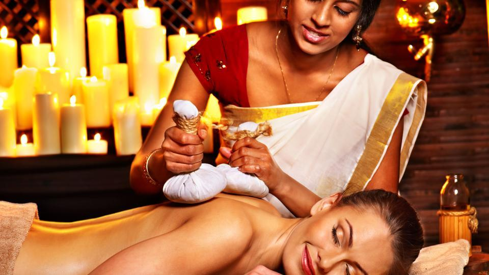 The potli massage Shine Spa, Grand Sheraton Pune,  combines the traditional potli massage with micro massages.