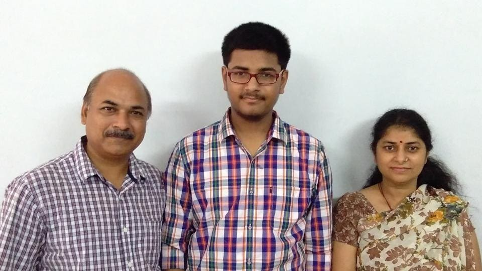 Aman Tewari secured rank 256 in IIT-JEE (Advanced) 2017 and now hopes to study in either IIT Bombay or IIT Delhi.