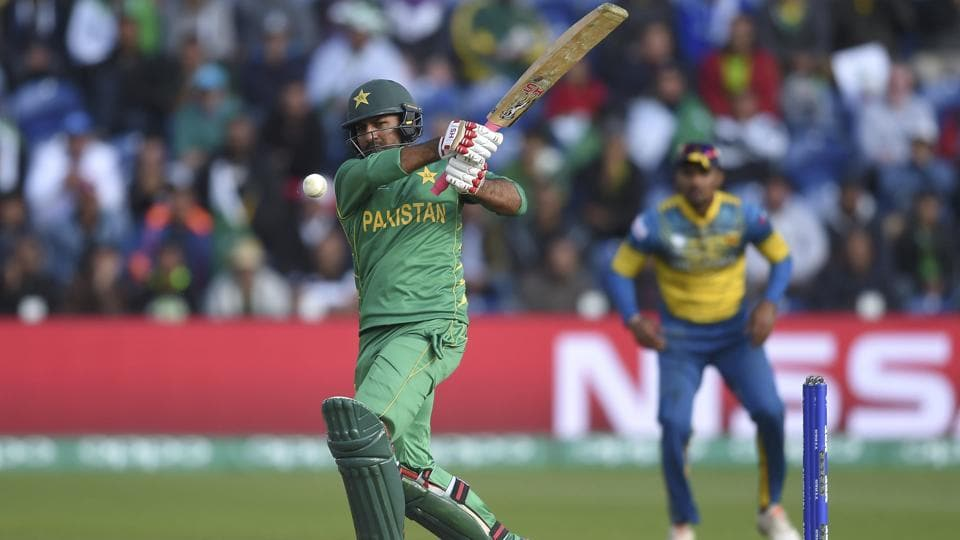 Pakistan's Sarfraz Ahmed hits out during the ICC Champions Trophy match against Sri Lanka. (AP)