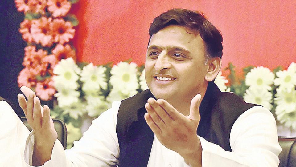 School bags distributed in government-run primary schools in Gujarat had SP national president Akhilesh Yadav's picture.