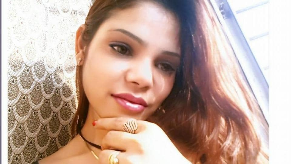Kritika Chaudhary was living in Mumbai's Four Bungalows area. (Facebook)
