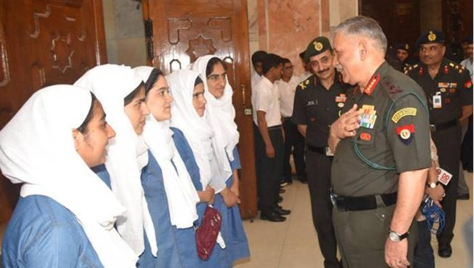 Gen Bipin Rawat meets students who were coached by army's Super-40 initiative.