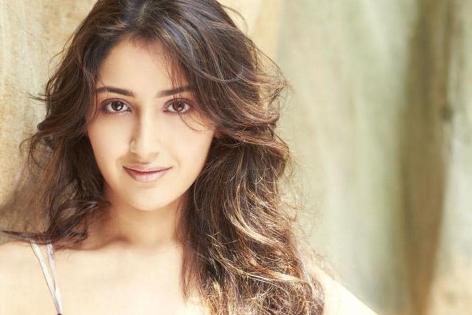 Sayyeshaa Saigal has uploaded a video of herself dancing on Ed Sheeran's Shape of You.