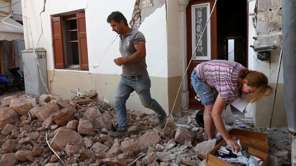 At least 51 people were killed in a 6.0 magnitude earthquake in eastern Turkey in March 2010. (Giorgos Moutafis / REUTERS)