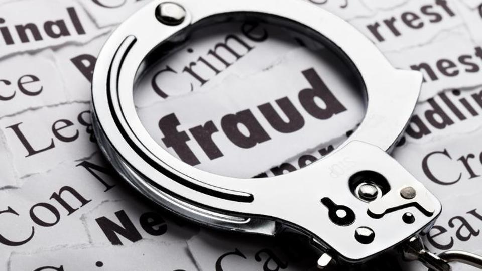 The duo was arrested along with a former deputy general manager of a nationalised bank from Kolkata.
