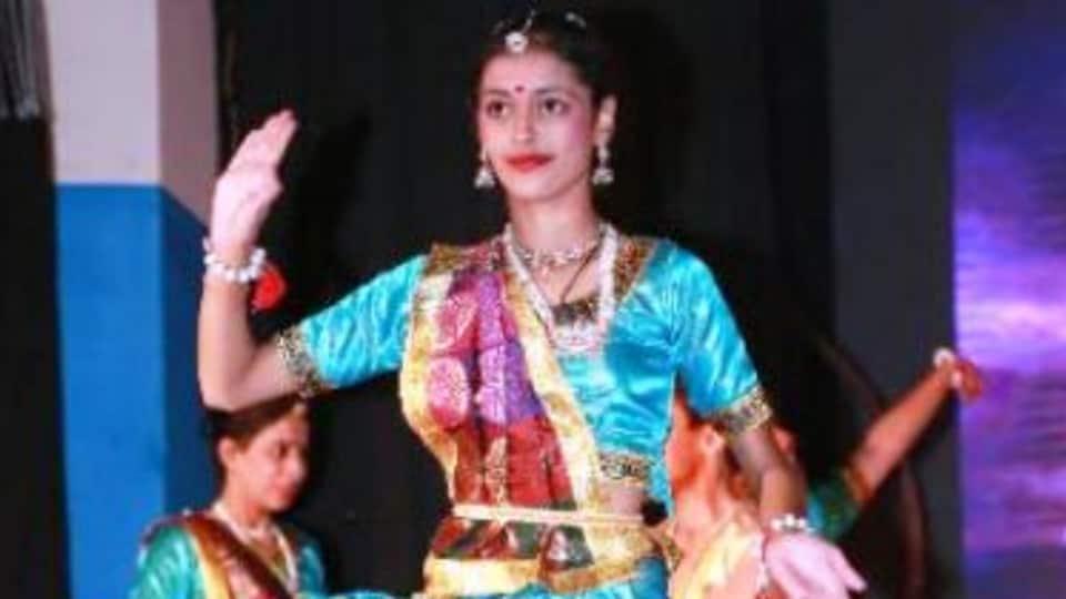Shivani is a student of Rajiv Shruti Dance Institute in Udaipur.