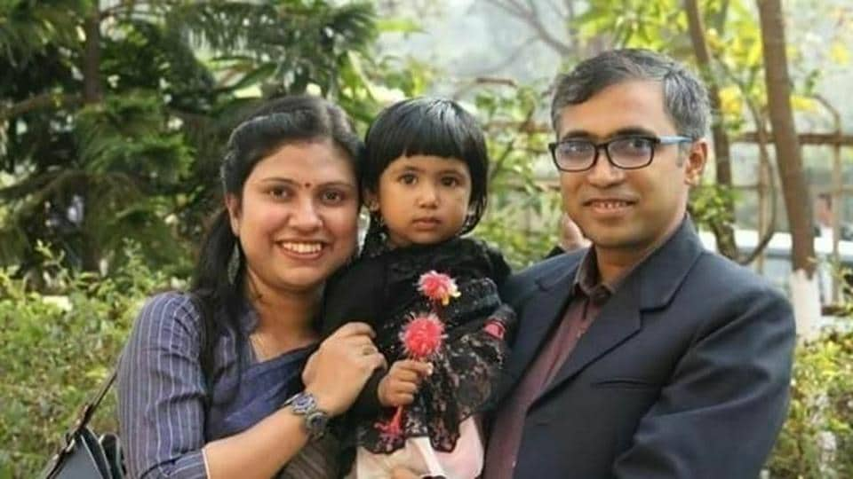 Photo of Trisha, the 3-year-old Silchar girl who was kidnapped, with her parents.