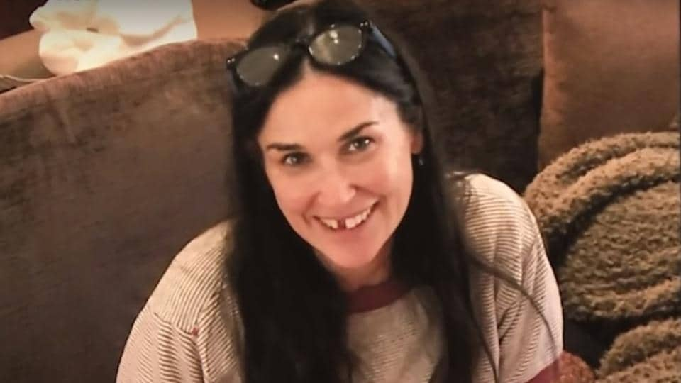 Demi Moore added that her daughters liked to see her without her teeth  because it made her look 'more vulnerable and more human'.
