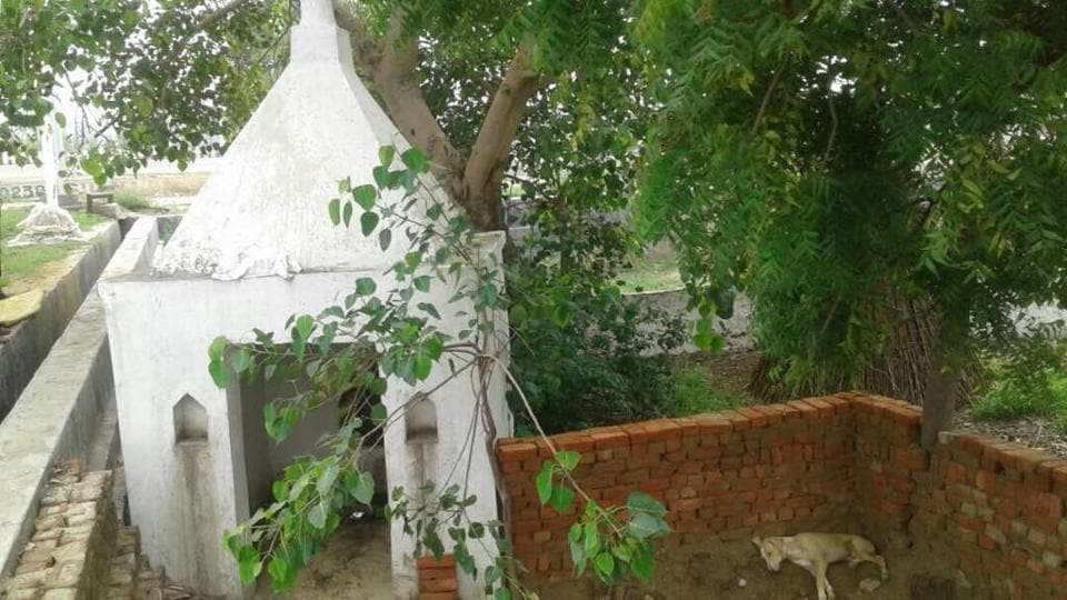 A resident of Bahlolpur village Sanjeev Sharma in 2016 complained to the authority and the Gautam Budh Nagar district administration against the illegal allotment of temple land for residential use.