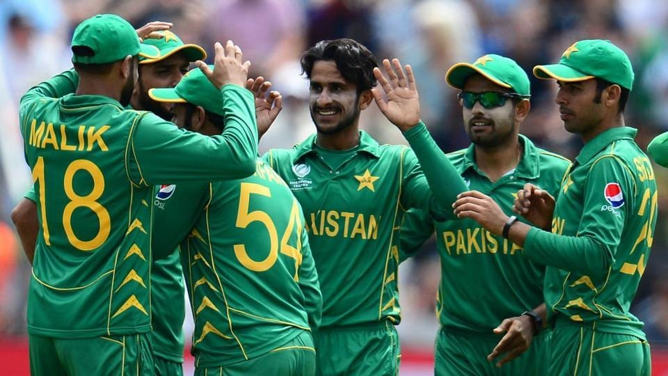 Hasan Ali struck in the 32nd over as he removed the in-form Eoin Morgan for 33(53).  (Twiiter )